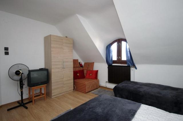 Családi ház - emeleti 2. hálószoba